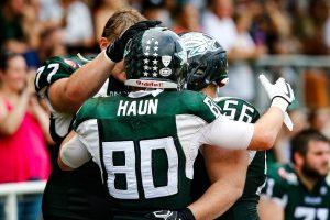 Dragons WR #80 Philipp Haun feiert seinen TD
